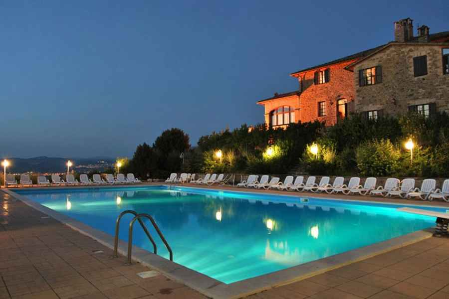 Magical and luxurious wedding resort in Italy