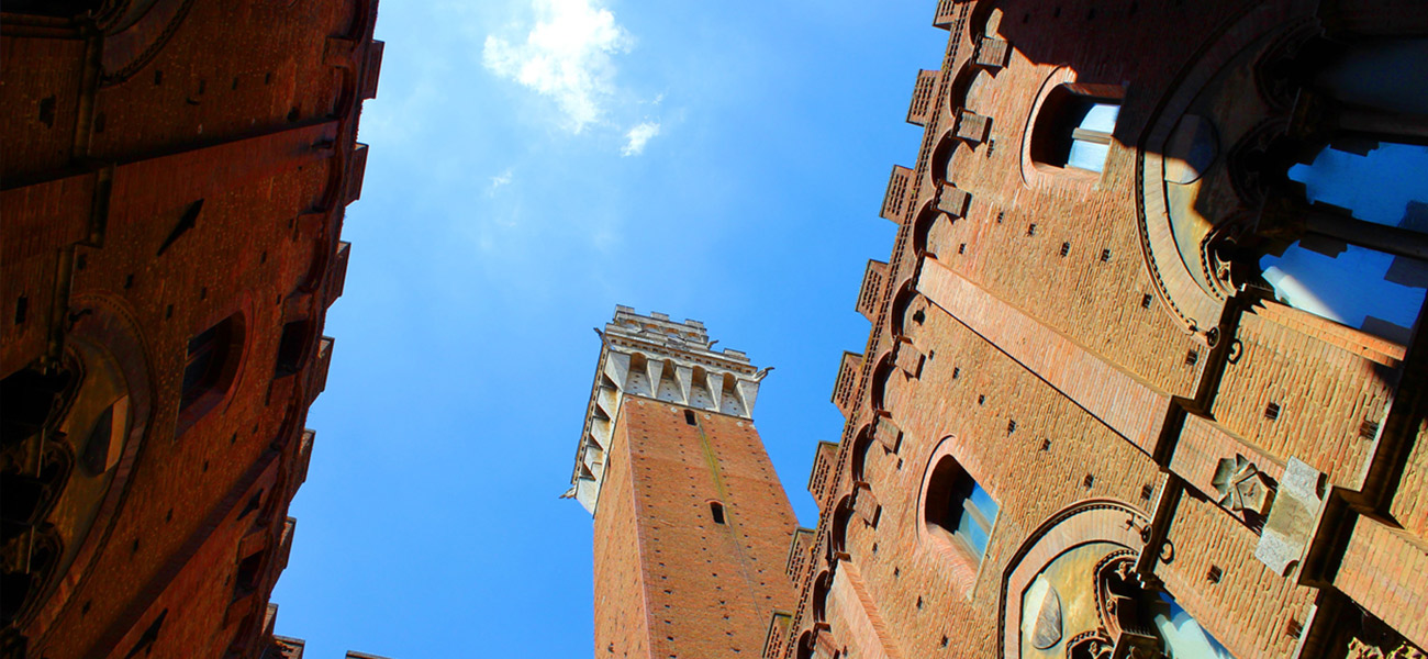 http://www.keytoitaly.tours/images/itineraries/medieval-life-and-castles/siena-tuscan-marvels.jpg